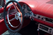 <h5>1957 Ford Thunderbird</h5>