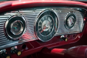<h5>1966 Ford F-100</h5>